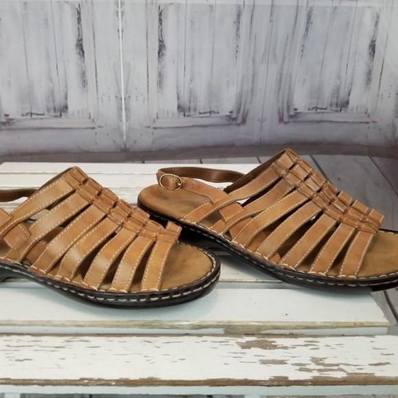 cd7e88f0c03e Naturalizer sandals leather tan 11M 11 Women. M 5be63a25de6f62ae642a3301